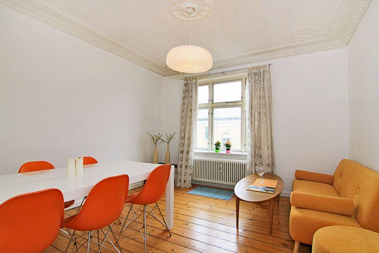 Lybaekgade Apartment - Bright Copenhagen apartment at Amagerbro metro - Copenhagen - rentals