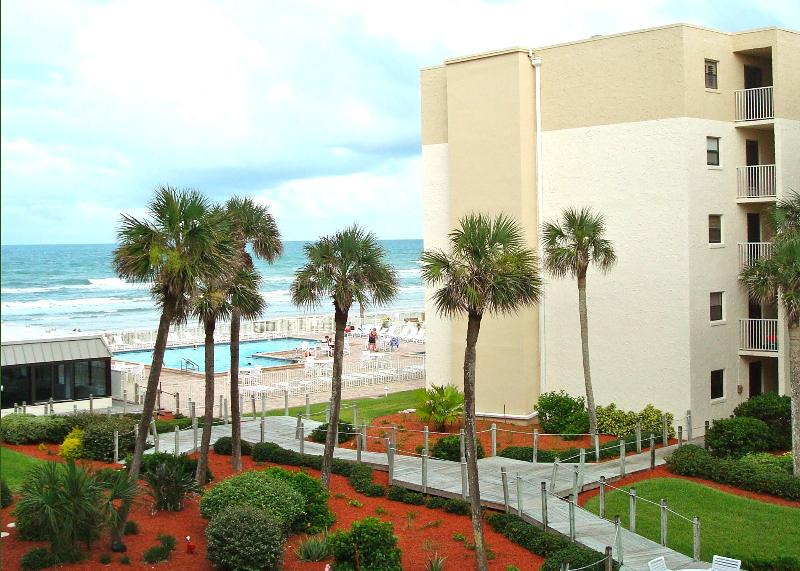 View from our condo. - Oceanview 1 Bedroom-GREAT RATES GREAT REVIEWS - New Smyrna Beach - rentals