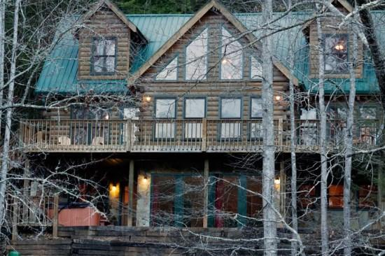 Shallowford View 4 bedroom riverfront cabin - Shallowford View - For the Blue Ridge vacation you deserve, enjoy this classic cabin rental on the river - Blue Ridge - rentals