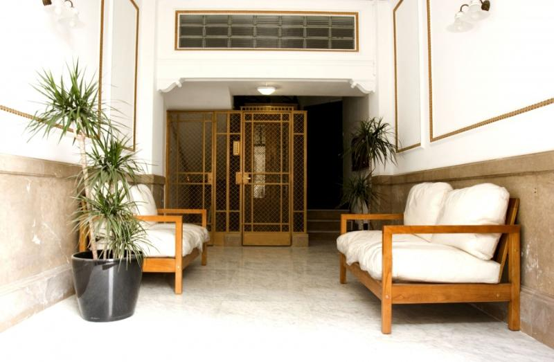 ENTRANCE - Cosy accommodation near park Guell in Barcelona - Barcelona - rentals