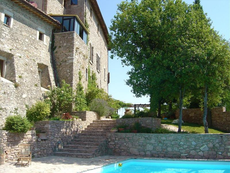 Rear Castle Grounds - Spa-Like Stunning Castle 3 Jacuzzis Sauna and Pool - Terni - rentals