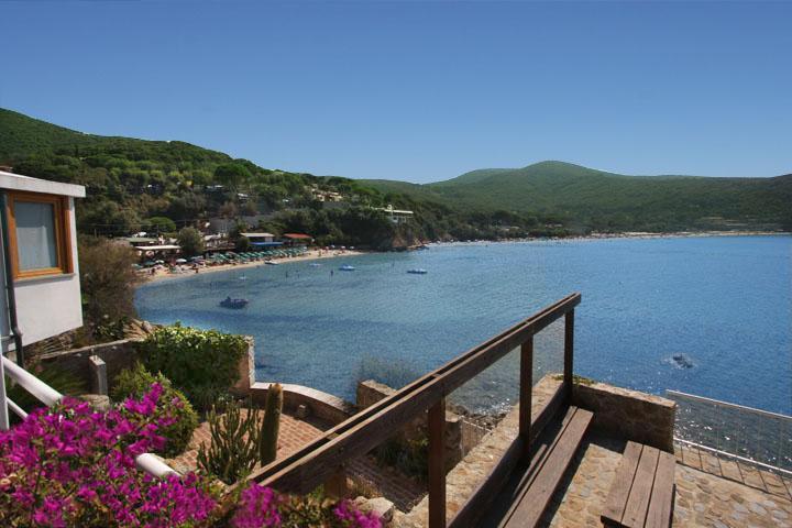 Villa The Boat Waterfront Villa in Elba Biodola - Image 1 - Labico - rentals
