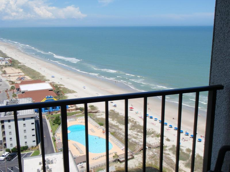 Sun-Drenched SunSuite at Myrtle Beach Resort! - Image 1 - Myrtle Beach - rentals
