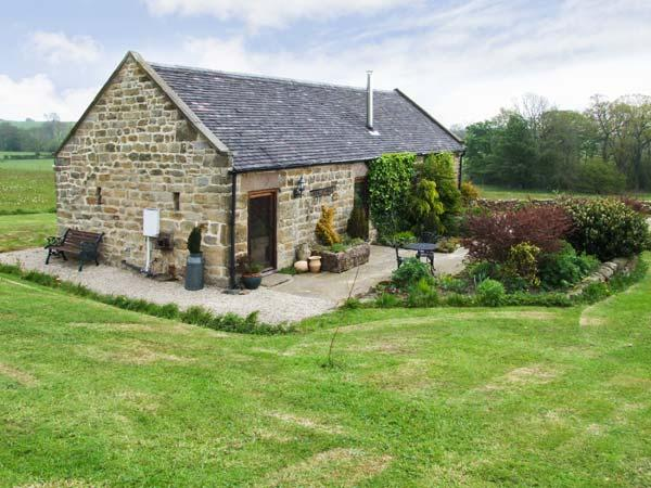 GARDEN HOUSE, luxury romantic retreat, woodburning stove, surrounded by countryside in Kirk Ireton, near Wirksworth, Ref 16787 - Image 1 - Wirksworth - rentals
