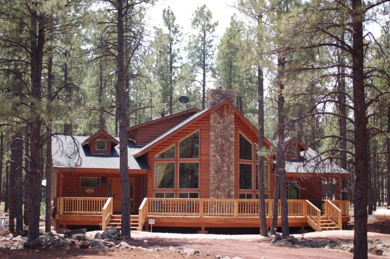 Front view - Bearly-A-Cabin Luxury @ Grand Canyon / Flagstaff - Grand Canyon National Park - rentals