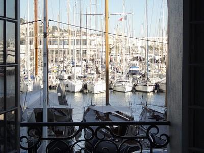 View from Lounge - Luxury 2 bed apartment with  views of Cannes - Cannes - rentals