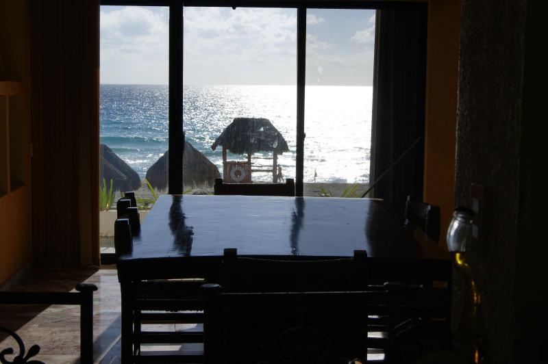 Ocean Front Spectacular Mexican Villa with Stunning view to th - Image 1 - Cancun - rentals