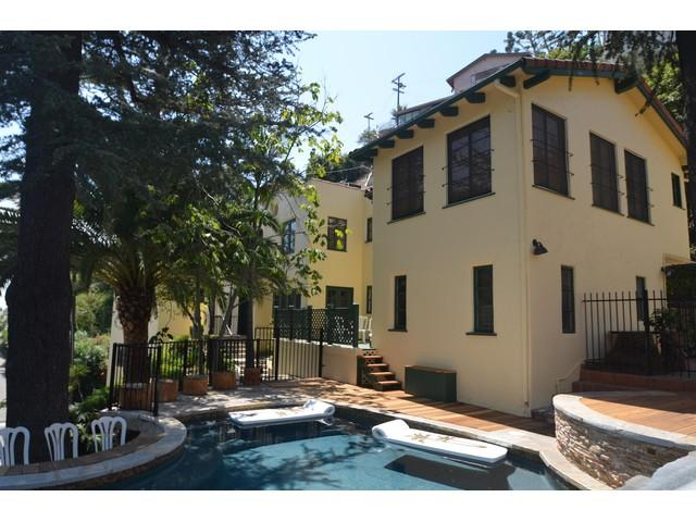 P55 #135 West Hollywood Chateau w Swimming Pool - Image 1 - Los Angeles - rentals