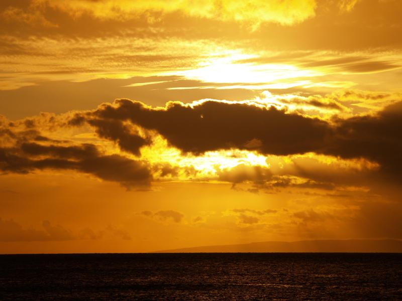Beautiful Sunsets from your lanai!! - Lokelani---As Close to the Water As You Can Get!! - Lahaina - rentals