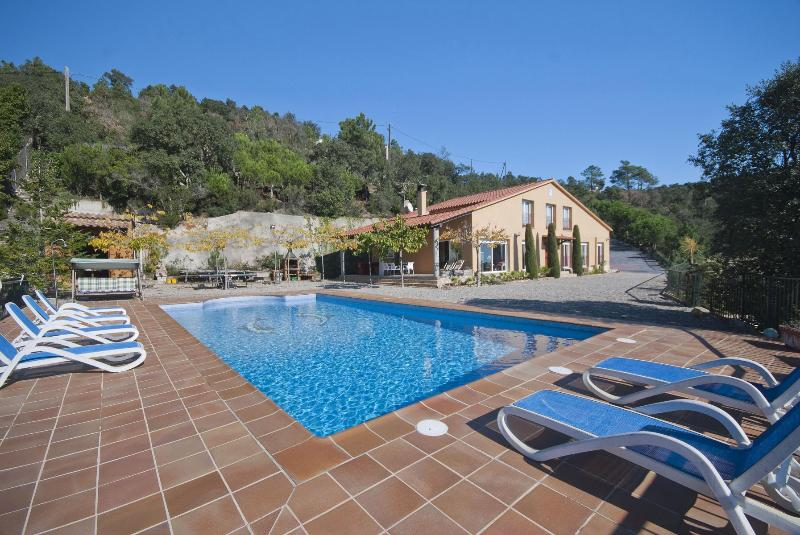 Large villa with sunny terraces: Villa Cipres - Image 1 - Lloret de Mar - rentals