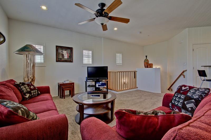 Great East Valley Condo - 2 Bedroom Luxury Unit - Image 1 - Mesa - rentals