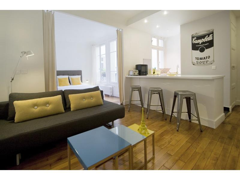 1 Bedroom at Montmartre Chic in Paris - Image 1 - Paris - rentals