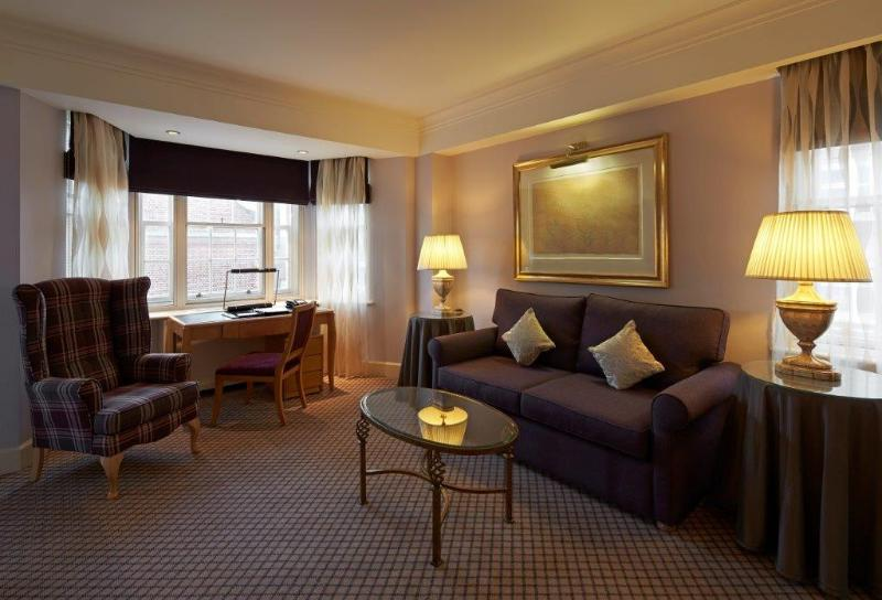 2 Bed Executive apartment in the Heart of Mayfair - Image 1 - London - rentals
