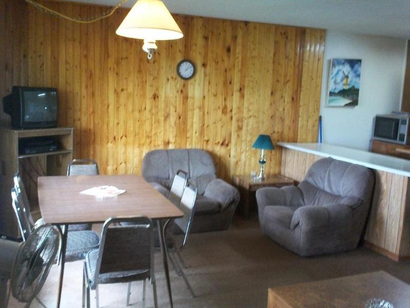 Chalkley's Sandy Bay Cottage # 11 - Image 1 - Callander - rentals