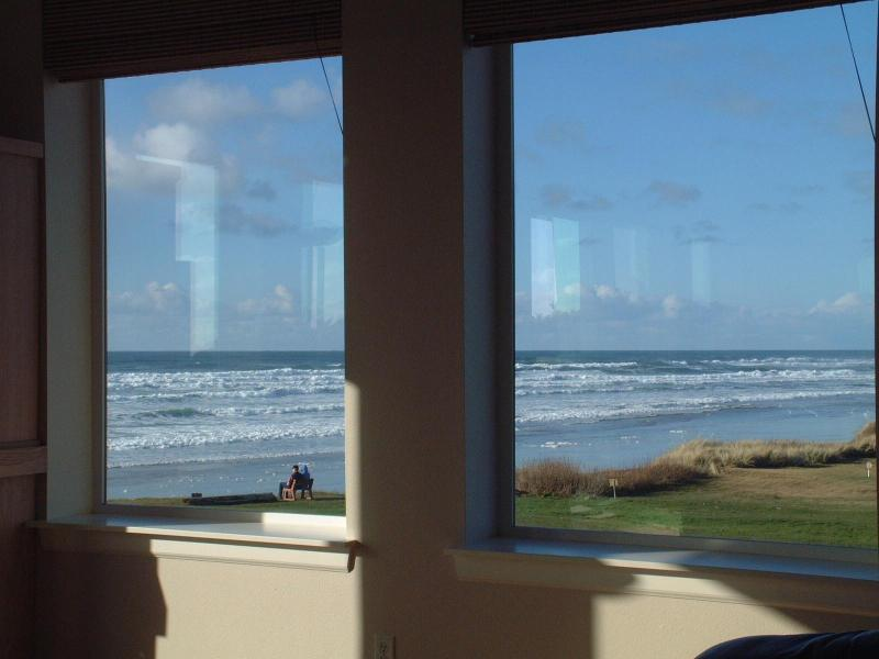 View from living room looking north - OurSandCastle Luxurious Yachats Vacation Rental - Yachats - rentals