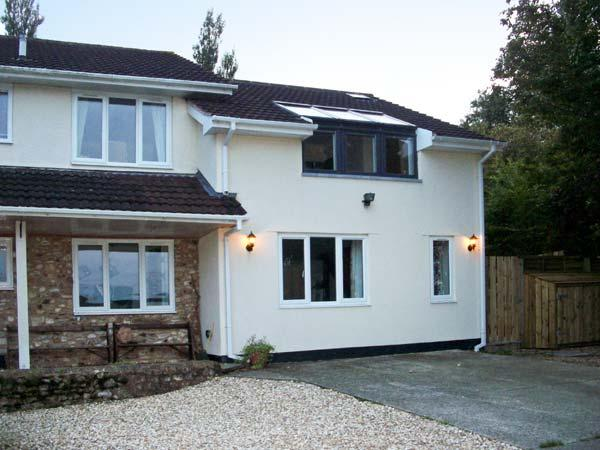 LITTLE GREENHAYES, cottage annexe, with off road parking, and a patio garden, in Ham, Ref 18520 - Image 1 - Dalwood - rentals