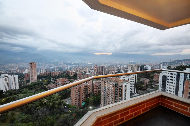 Cool Condo, Unbelievable View! - Image 1 - Medellin - rentals