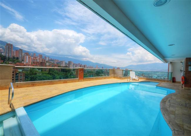 Fresh, Clean, Cool and Convenient! - Image 1 - Medellin - rentals