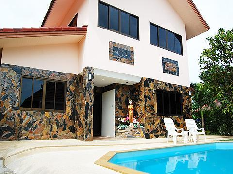 3 BDRM  FAMILY VILLA  PRIVATE POOL TROPICAL GARDEN - Image 1 - Cherngtalay - rentals