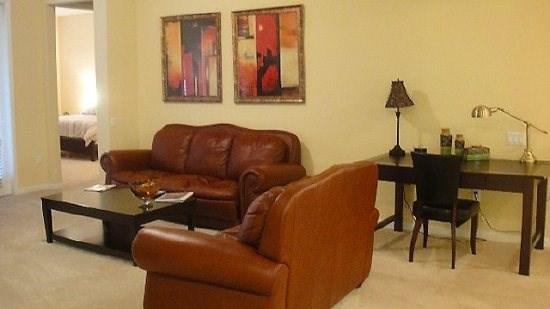 Living Area - VC3C5048SL-401 3 Bedroom Condo Close to OCCC Orlando - Orlando - rentals