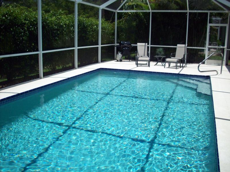 Secluded 14' x 28' Heated Pool with Southern Exposure - Enjoy the Sun All Day! - Naples Lely Resort Quiet Home with Oversized Pool - Naples - rentals