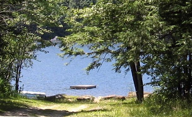 Robin Hood Lake (5 minute walk) - Quiet Comfortable Cabin 5 Min. Walk to Lake - Becket - rentals