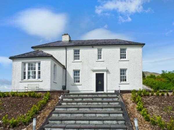 LOO BRIDGE RAILWAY STATION detached cottage, close to National Park in Killarney Ref 17893 - Image 1 - Killarney - rentals