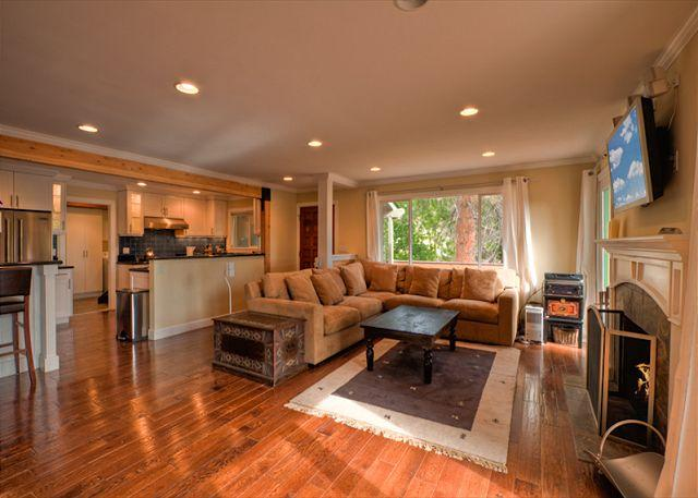 Bear Walk Lodge (SL432) - Image 1 - Stateline - rentals