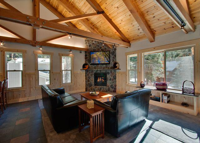 Beautiful Mountain Getaway, Aspen Hideaway (SL118) - Image 1 - Stateline - rentals