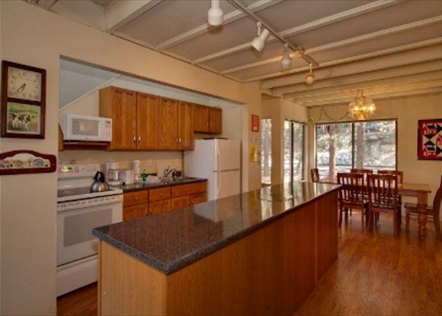 Cute Lake Tahoe Condo Located Near Everything (LV227) - Image 1 - Stateline - rentals