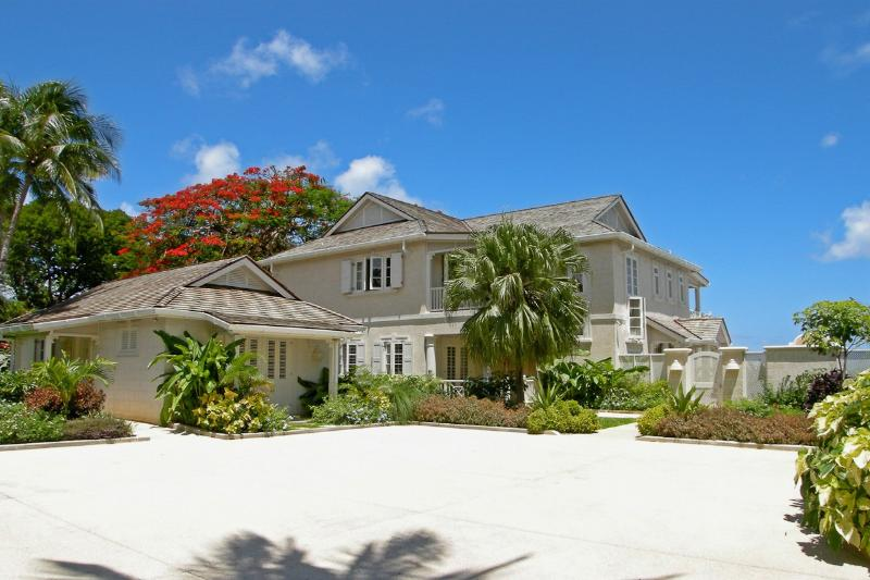 Westhaven at Gibbs Beach, Barbados - Beachfront, Pool, 5 Minute Drive To Speightstown - Image 1 - Gibbes - rentals