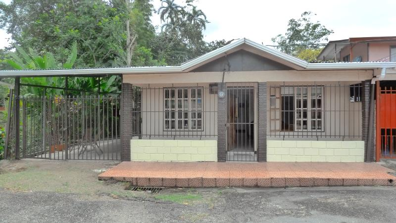 House exterior - Riverside House in Turrialba - Turrialba - rentals