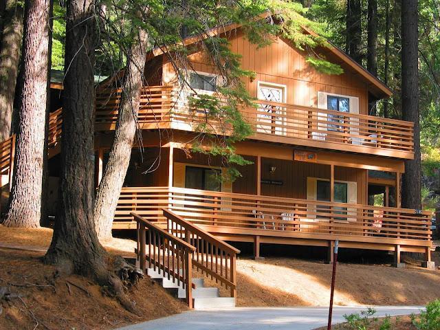 Yosemite International Chalet - Great Location! - Image 1 - Yosemite National Park - rentals