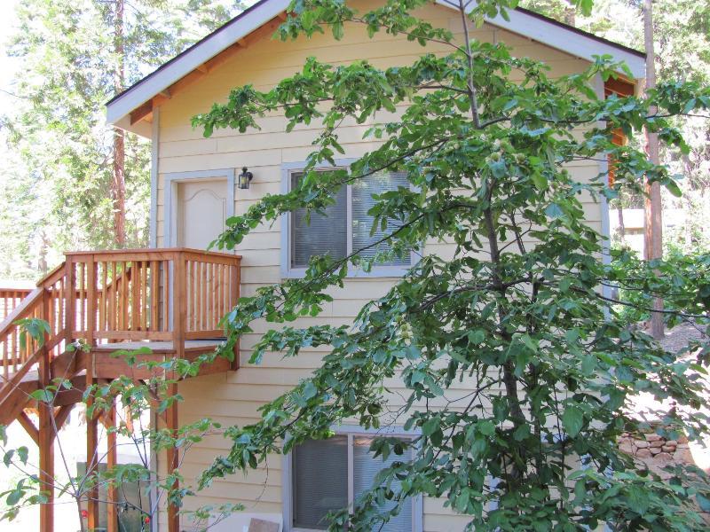 Yosemite Woods Duplex Lower Unit - Family Friendly - Image 1 - Yosemite National Park - rentals