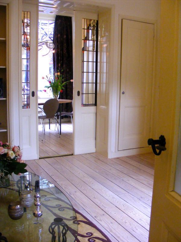 the beautiful 'schuifdeuren' - Where Els: holiday home next door - Haarlem - rentals