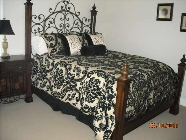 Queen Master Bedroom Suite on 2nd floor; has its own attached full Bath for absolute privacy - IMMACULATE, AFFORDABLE MURRELLS INLET VACATION!!! - Murrells Inlet - rentals