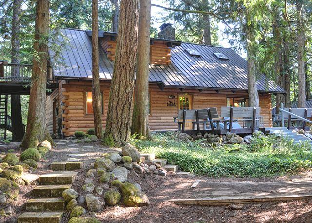 Sandy River Cabin - Fireplace, Pool Table, Dogs OK - Image 1 - Oregon - rentals
