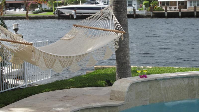 Villa Lucilla Waterfront Family-Home, heated pool - Image 1 - Pompano Beach - rentals