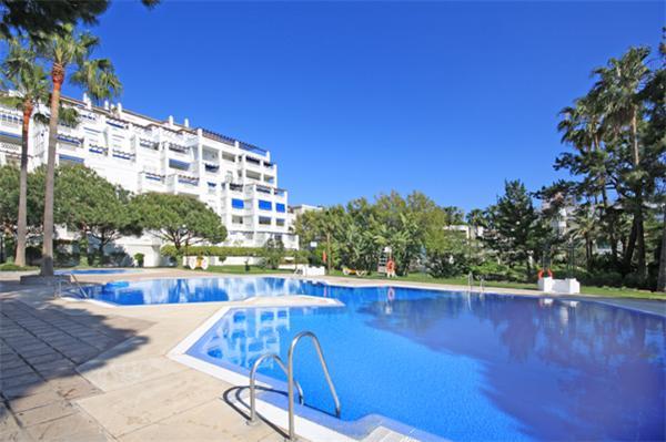 Playas del Duque Cordoba 114 - Image 1 - Marbella - rentals
