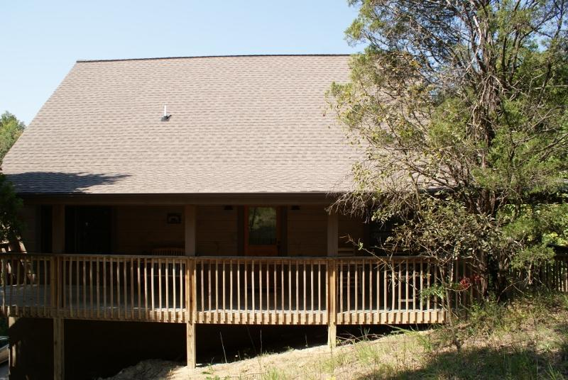 Front view of cabin - Stairway to Heaven @ Douglas Lake, Sevierville,TN - Sevierville - rentals