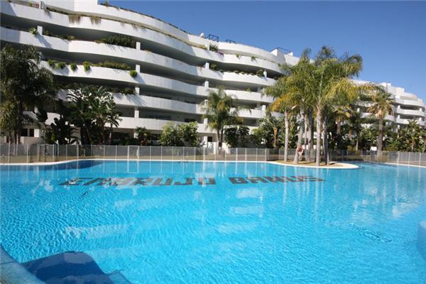 Embrujo Banus 23094 - Image 1 - Marbella - rentals