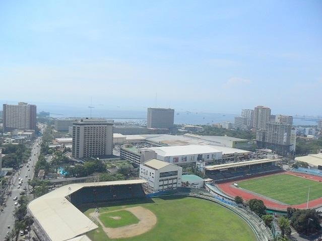 View from the bedrooms - Your Two Bedroom Vacation Home in Manila - Manila - rentals