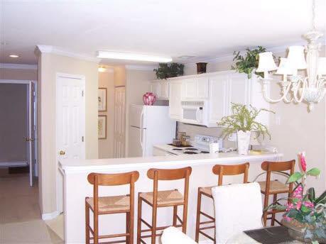 Kitchen and Breakfast Nook - Eagle & Birdie: Corner, End Unit on True Blue Golf - Pawleys Island - rentals