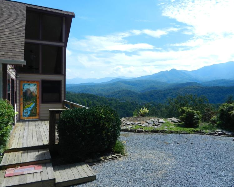 What a View!!!!!!!!!!!!! - Awesome View, Quiet, Comfortable, Romantic - Gatlinburg - rentals