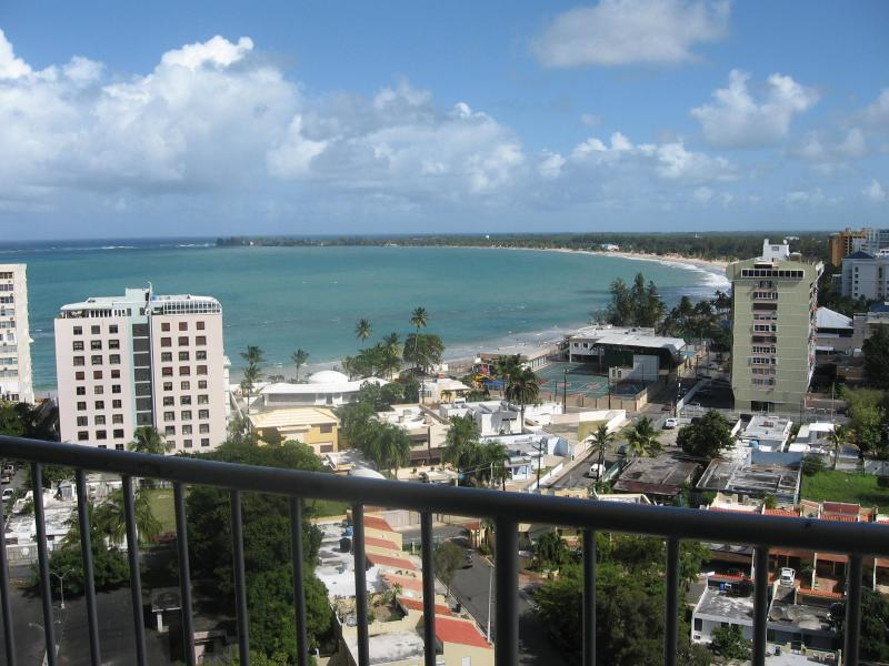 Breathtaking Ocean View from 15th Floor - ESJ Towers Beachfront Studio San Juan's Best Beach - San Juan - rentals