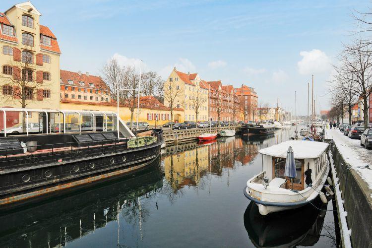 Overgaden Oven Vandet Apartment - Copenhagen apartment overlooking Christianshavn Canal - Copenhagen - rentals