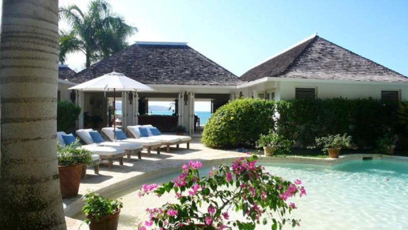 PARADISE HTE - 83678 - IRRESISTABLE HIDEAWAY | SPACIOUS 3 BED VILLA | 70FT POOL | MONTEGO BAY - Image 1 - Montego Bay - rentals