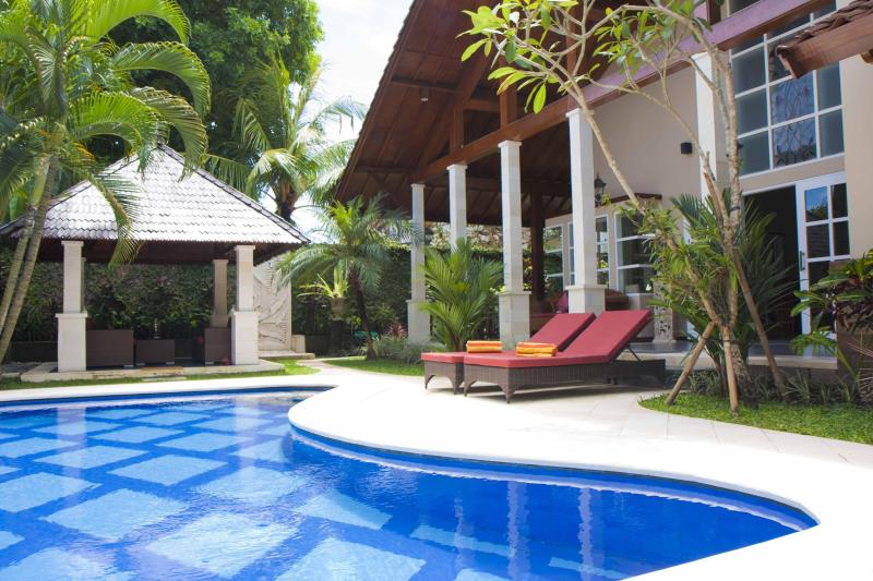 pool area - Villa Kawan Sanur Luxury Family 3 bedroom Villa, - Sanur - rentals