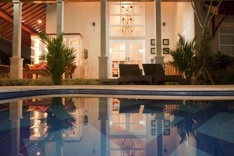 pool at night - 3 Bedroom Luxury Villa for Families & Couples - Sanur - rentals