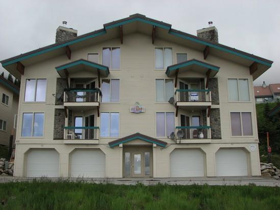 Schweitzer Ski-in/out condo 3bed/3bath sleeps 8 - Image 1 - Sandpoint - rentals
